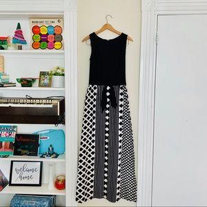 70s Black & White Geo Print Maxi Dress